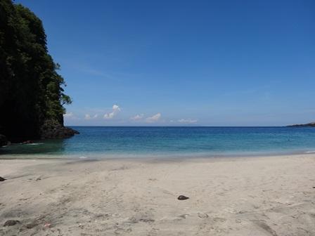 DSC05384 Pantai Pasir Putih.jpg