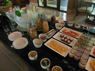 リッツカールトン・バリ ビーチ クラブラウンジ 朝食