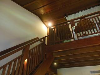 メリアバリ ファミリールーム 階段