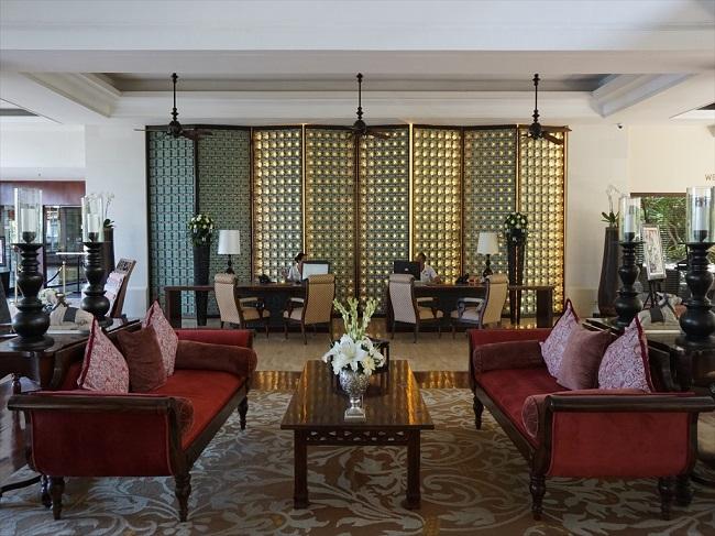 ザ・セントレジス バリ リゾート 豪華なロビー