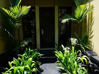 ザ・セントレジス バリ リゾート 1ベッドルームラグーンヴィラ 入り口