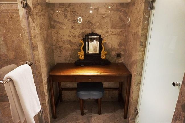 インターコンチネンタルバリリゾート デュプレックススイート バスルーム
