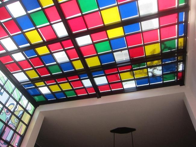 フェイブホテル・クタ・カルティカプラザ 色鮮やかなデザイン
