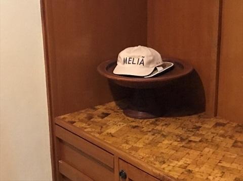 メリア・バリ ガーデンヴィラ メリアのロゴ入りキャップ