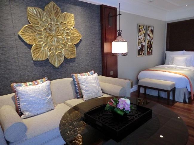 インターコンチネンタル・バリ・リゾート シンガラジャルーム 大きめのソファ
