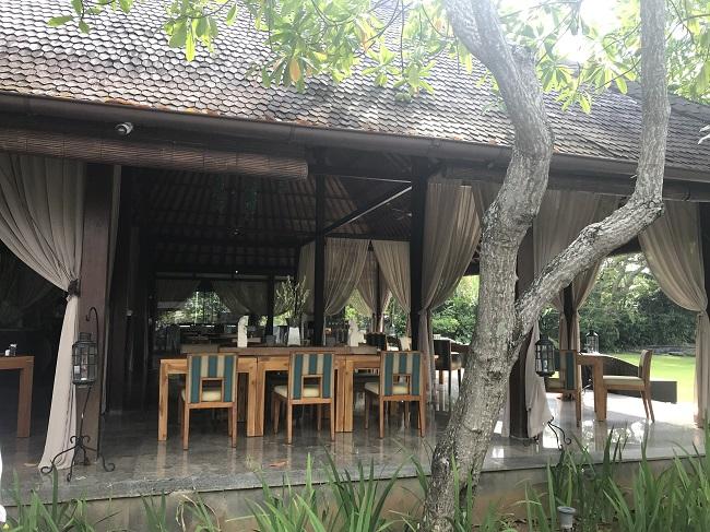 ヴィラ アイルバリ ブティック リゾート マタアイルカフェ