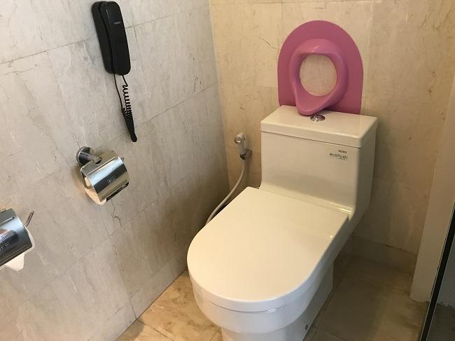 ヴィラ アイルバリ ブティック リゾート プライベートプール付き1ベッドルームヴィラ トイレ