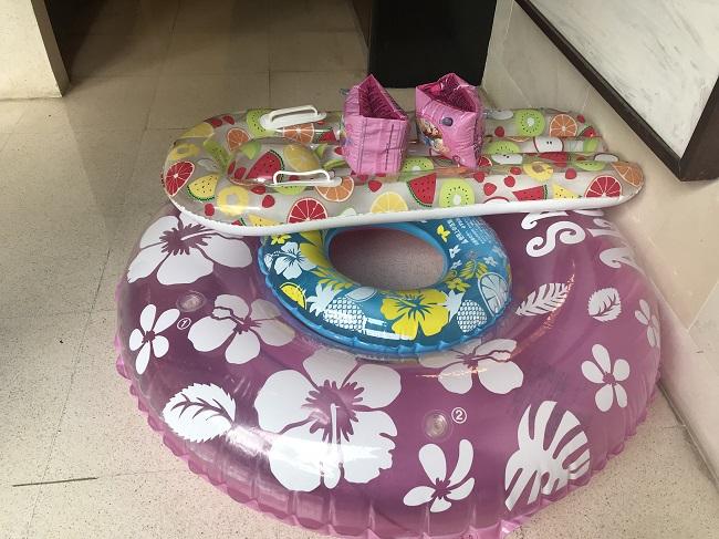ヴィラ アイルバリ ブティック リゾート プライベートプール付き1ベッドルームヴィラ 子供用の浮き輪