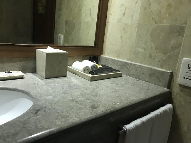 メリアバリ ファミリールーム 洗面台